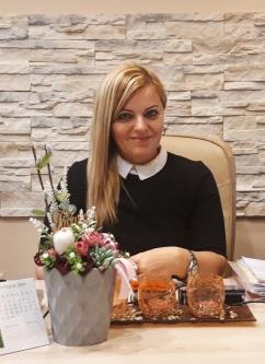 Dr. Popovics Szvetlana Insumed tanácsadó orvos, táplálkozási és sporttáplálkozási tanácsadó.